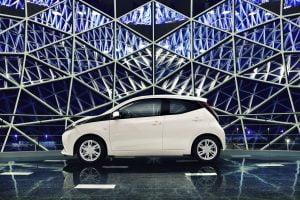 Toyota Aygo 1.0 VVT-i 53kW x-play 5d. (Voorraadauto met korte looptijd!)