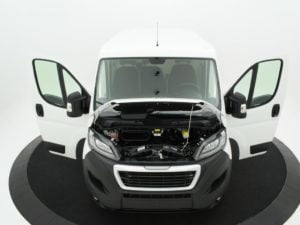 Peugeot Boxer 330 L1H1 2.0 BlueHDi 81kW / 110pk Premium 4d.